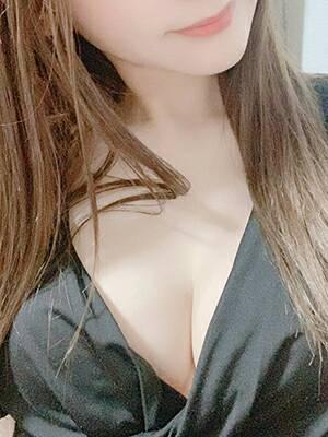 西内 芹那-SERINA-