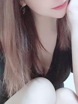 水嶋 亜紀-AKI-